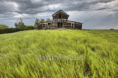 Abandoned Prairie House Rural Saskatchewan Canada Summer Stock Photo