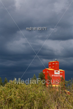 Prairie Storm Clouds Canada Saskatchewan Grain Elevator Stock Photo