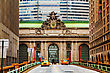 Grand Central Terminal Viaduc And Old Entrance In New York stock photo